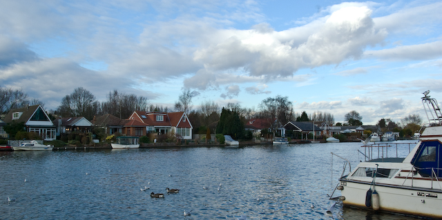 Walton on thames (1 of 1)