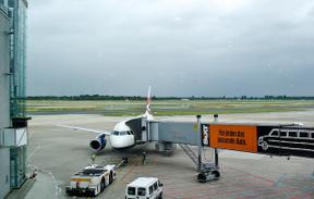 Duss_airport1