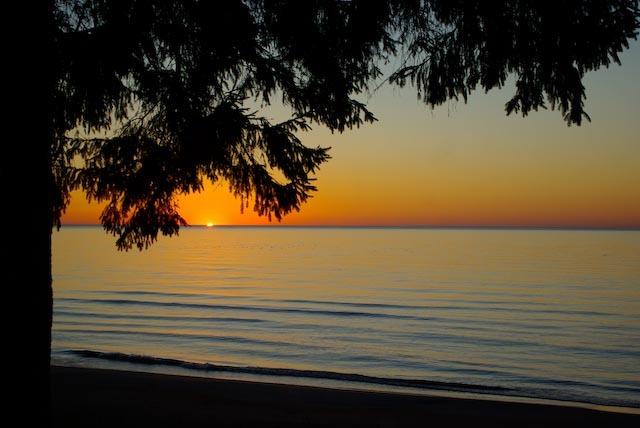 Wisconsin_dawn
